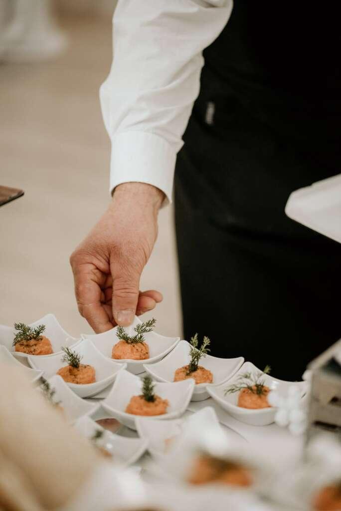 tartar-di-tonno-catering-cucina-interna